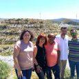 El portavoz de Izquierda Unida en el Parlamento andaluz se ha reunido el sábado en Motril con representantes de la Asociación de Parados, Desempleados y Precarios para dar su apoyo al proyecto de explotar 130 hectáreas de tierras abandonadas por la Junta de Andalucía desde hace más de 30 años.