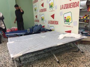 Migrantes marroquíes acogidos en sede IU Motril